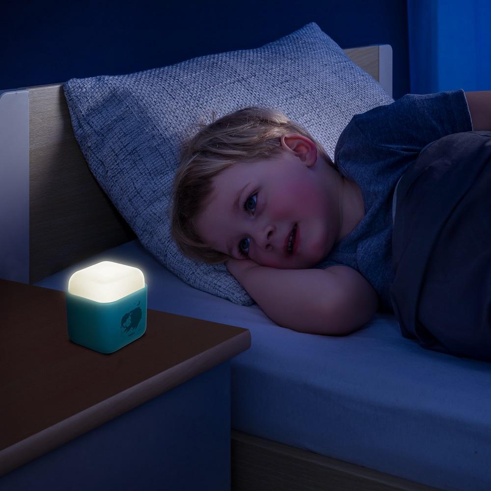Nattlampa barn Reer blå kub